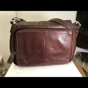 Beautiful Fossil Women Brown Leather Crossbody Bag